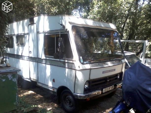 les 982 meilleures images du tableau caravanes camping cars vintages sur pinterest v hicules. Black Bedroom Furniture Sets. Home Design Ideas