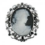 Victorian style brooch pin