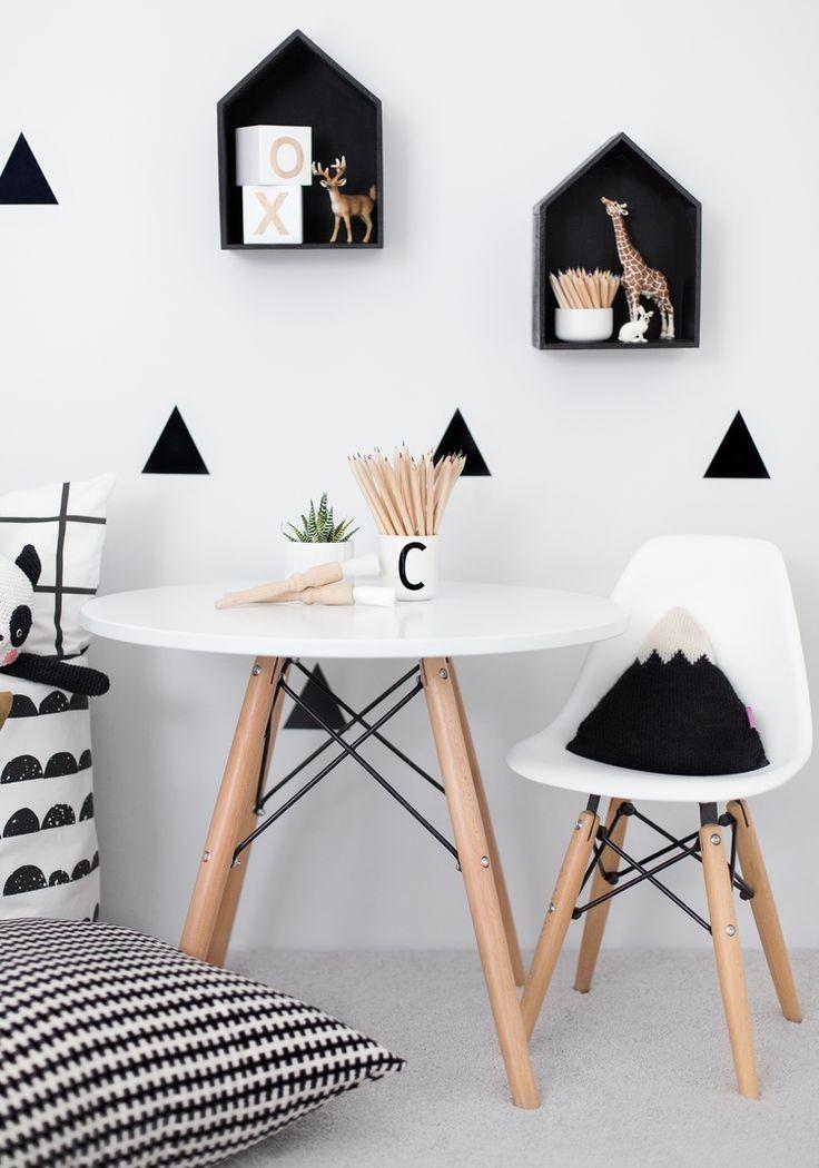 Eames Kinderstoel WIT