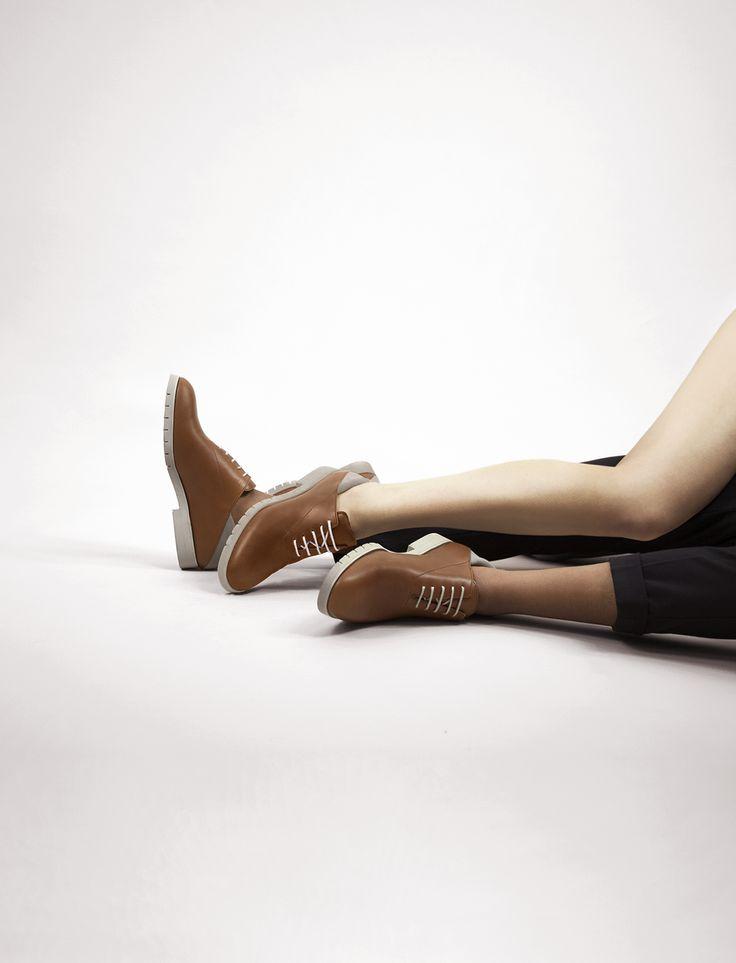 Freakloset Unisex Shoes - Never walk alone.