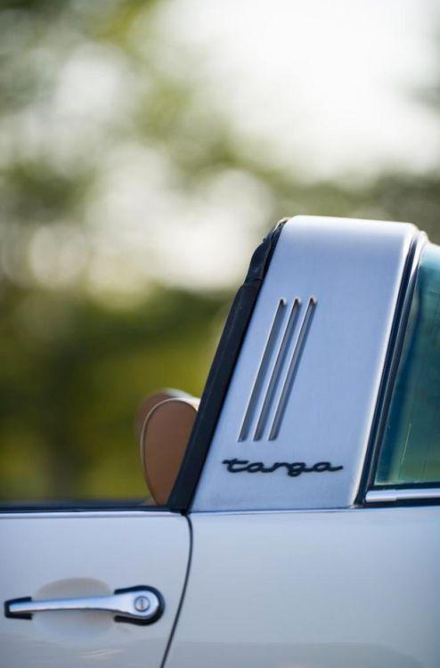 Porsche 911 Targa Detail