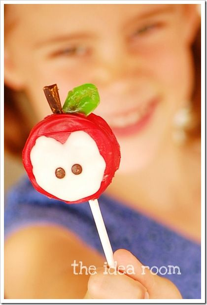 Apple Oreo Pops