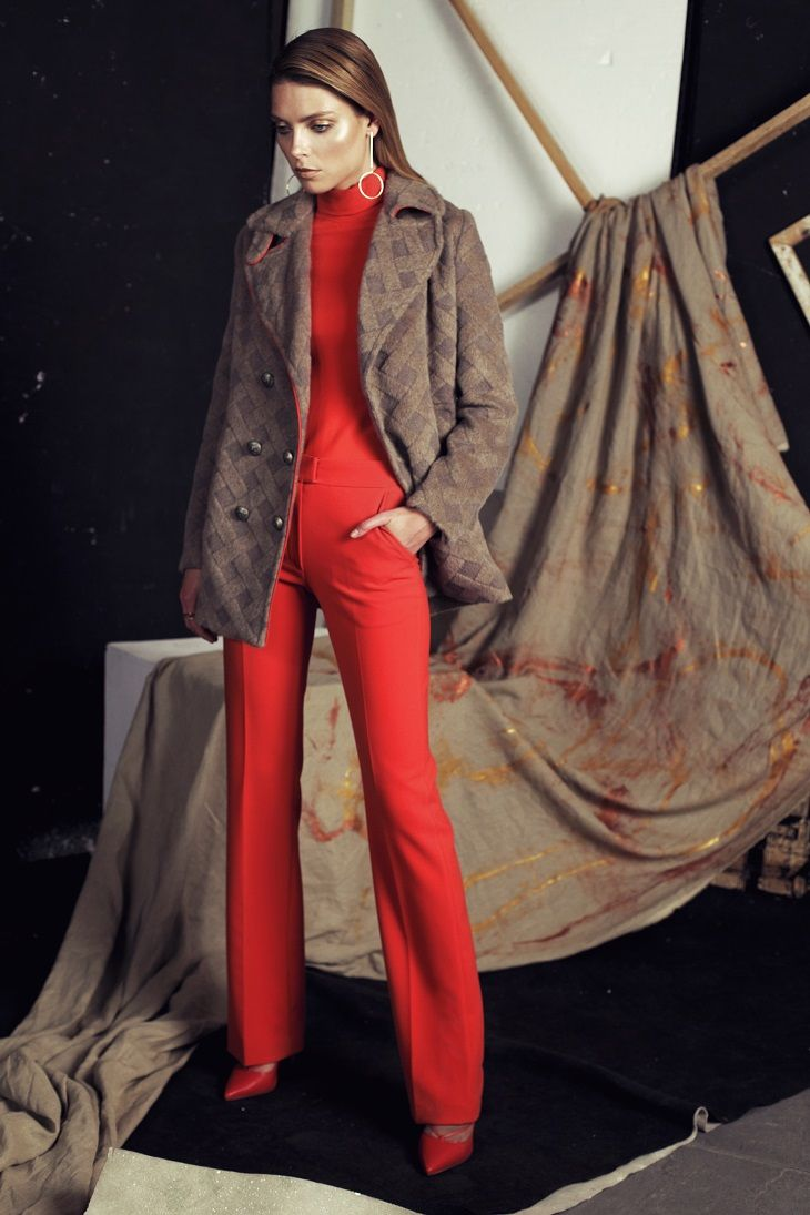 "Papillon AW 2016/2017 Red trousers ""Dandys"" #papillonatelier #trend #fashion #outfit"