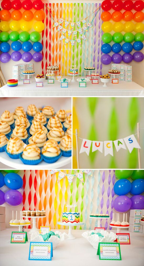 Una mesa preciosa para una fiesta arcoiris / A lovely rainbow party table