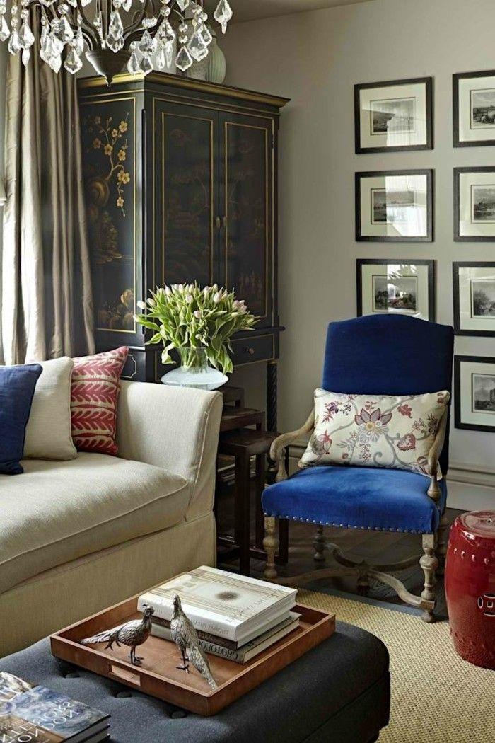Wohnideen Wohnzimmer Klassischer Wohnbereich Mit Gemtlicher Atmosphre Und Kronleuchter