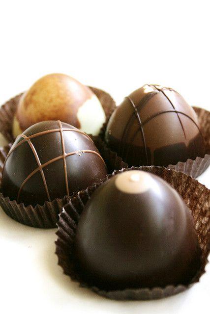 Chocolates, bombons e trufas