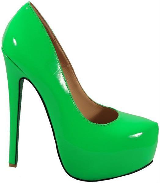 Лаковая зеленые туфли