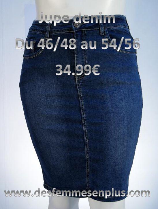 jupe droite en jeans stone 5 poches, fermeture par bouton + braguette zip fente à l'arrière longueur : 60 cm 85% coton 13% polyester 2% élasthanne FABRICATION SOIGNÉE EN ITALIE