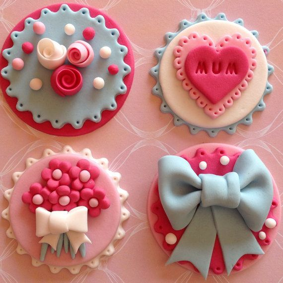 Fondant edible Mother's Day cupcke toppers