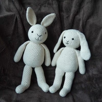#crochet, free pattern, amigurumi, rabbit, bunny, one piece body, stuffed toy, #haken, gratis patroon, konijn, lichaam in één stuk, knuffel, speelgoed, Lalla and Lily, #haakpatroon