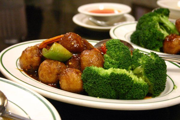 Looking for a vegetarian friendly restaurant? Bamboo Garden has you covered with their veggie-filled Chinese cuisine