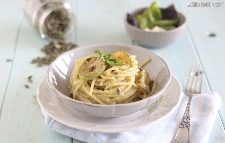 Spaghetti alla crema di zucchine e stracchino