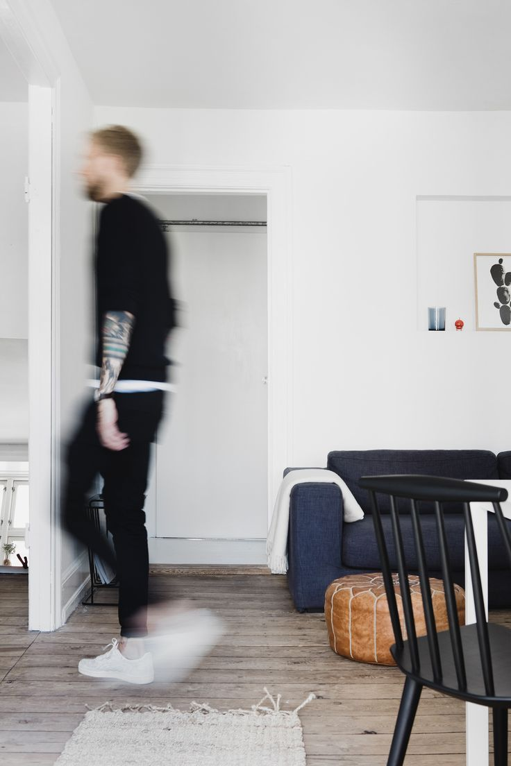 A creative couple in Copenhagen have a Reform Basis 01 kitchen in their bright apartment