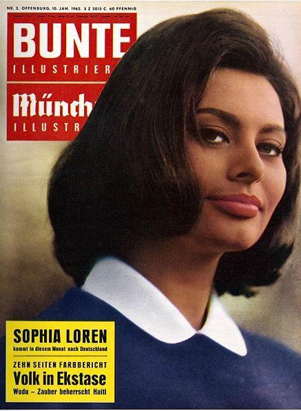 Sophia Loren on the cover of Bunte Illustrierte magazine, January 1962, Germany.
