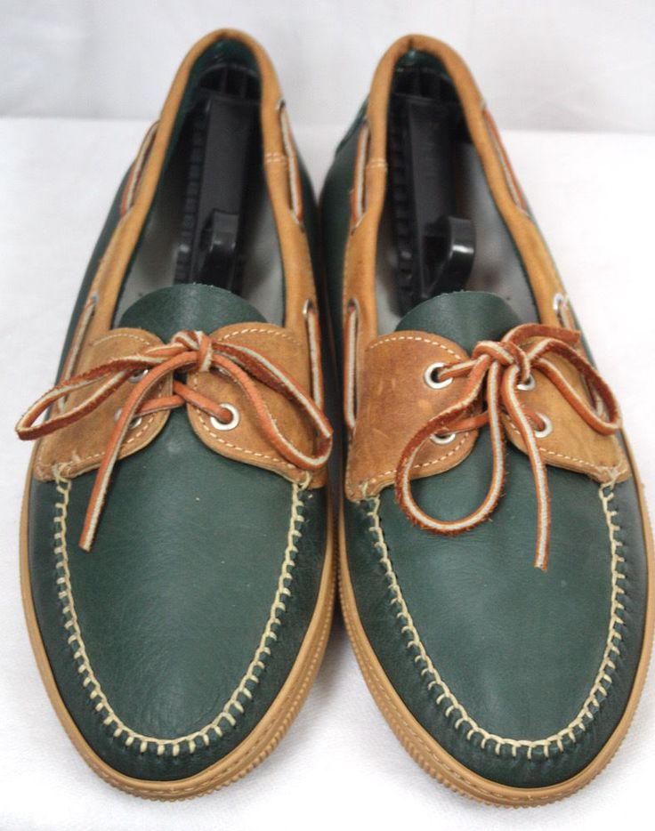 ET Wright Mens Green And Tan Leather Rubber Sole Shoes