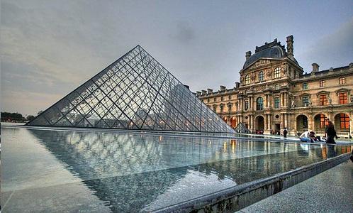 Francia: il consiglio dei ministri ha approvato il progetto di legge per i matrimoni gay