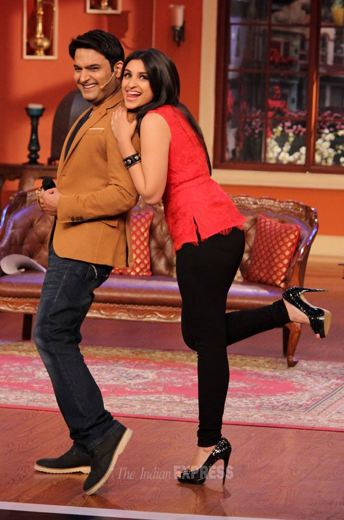 Parineeti Chopra and Kapil Sharma on 'Comedy Nights With Kapil'. #Style #Bollywood #Fashion #Beauty