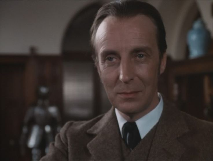Ian Richardson was Sherlock Holmes twice in 1983 with two excellent adaptations of novels by Arthur Conan Doyle, THE HOUND OF THE BASKERVILLES and THE SIGN OF FOUR.