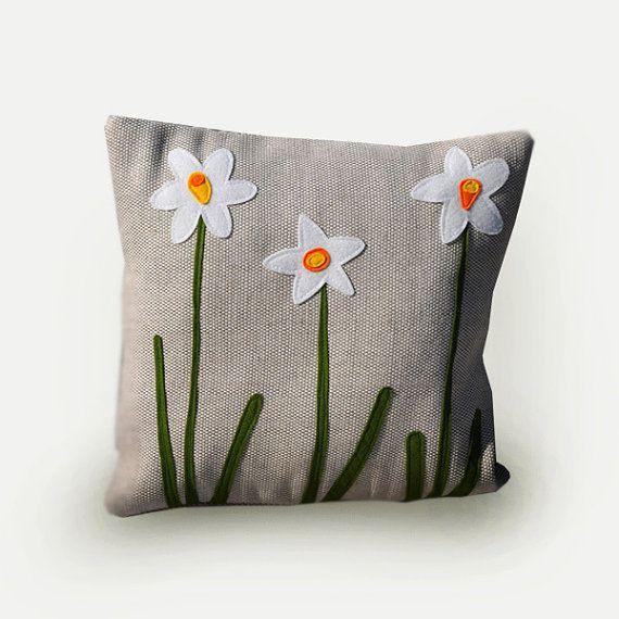 Narcisse coussin décoratif, coussin fleurs, jonquilles, printemps, fleurs, déco salon, salle de séjour, appliqué, housse coussin.