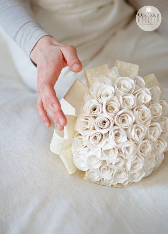 Tutorial per bouquet da sposa di boccioli di rosa in carta