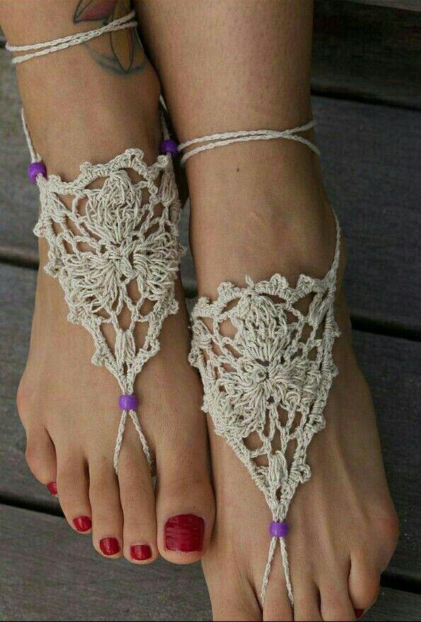 108 best ☆~Fancy Feet~☆ images on Pinterest | Barfuß, Pantoffeln ...
