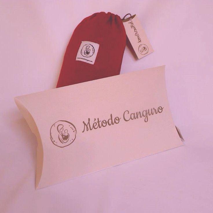 #fular portabebes de www.metodocanguro.com con su práctica bolsita