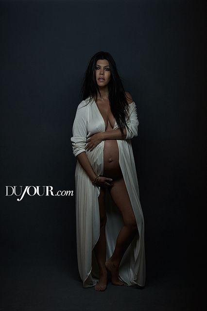 Kourtney Kardashian Topless Pregnancy Photos