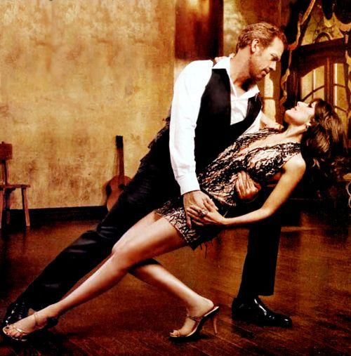 Hugh Laurie & Lisa Edelstein! Gorgeous