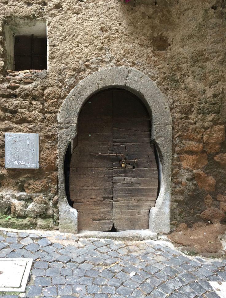 Big fat door in Calcata vecchia, Viterbo