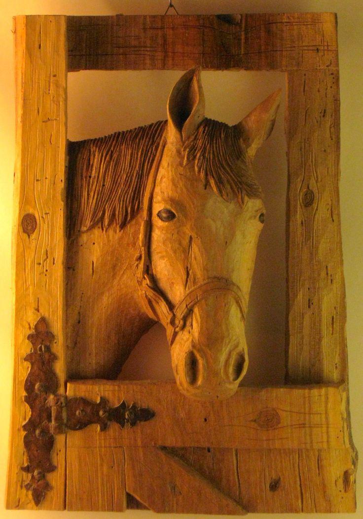 Horse   walnut   cm 38 x 28   Sim woodcarving 2012