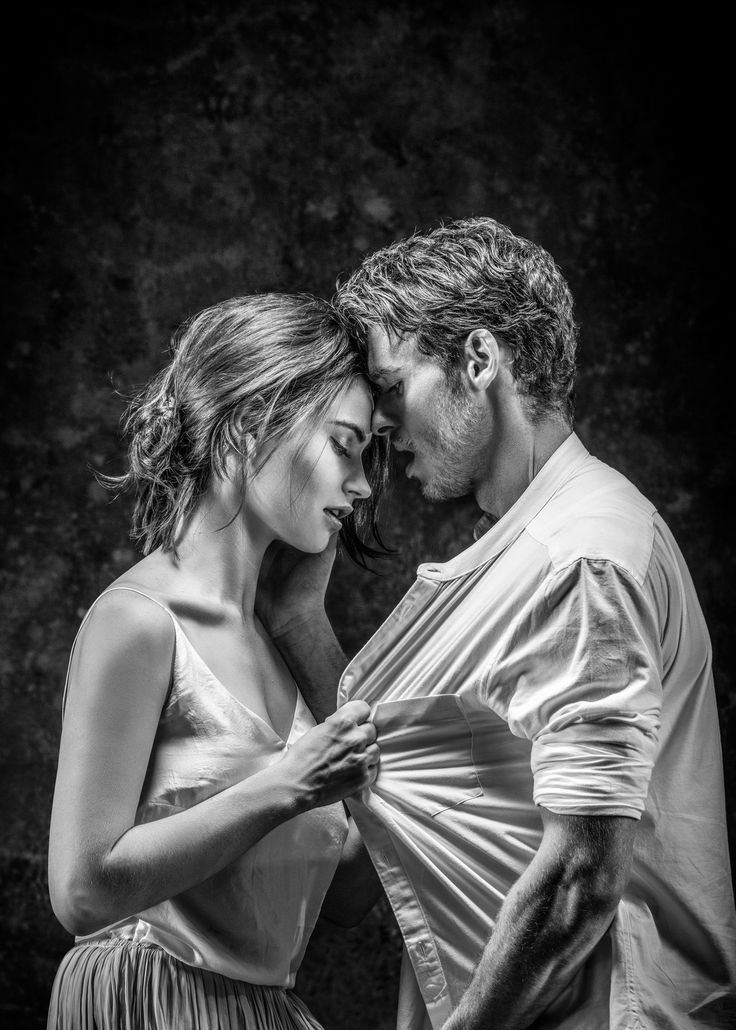 First trailer for Lily James and Richard Madden's Romeo and Juliet - HarpersBAZAAR.co.uk