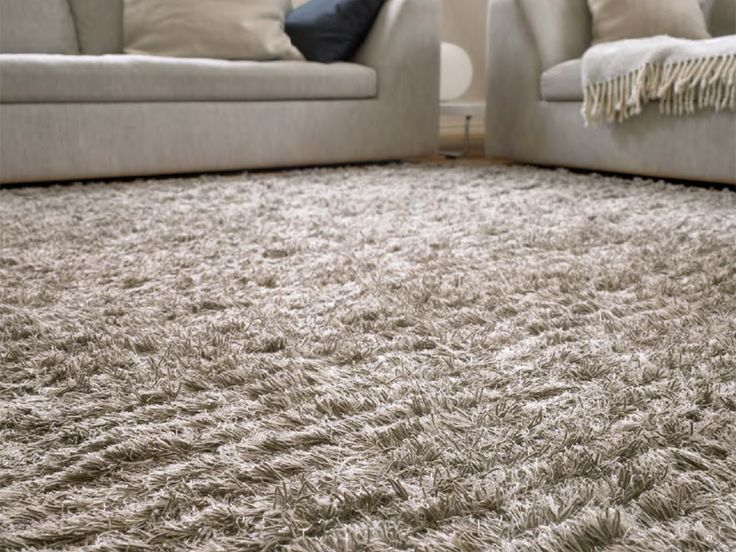 Woodnotes Aapa wool linen carpet, col. warm grey.