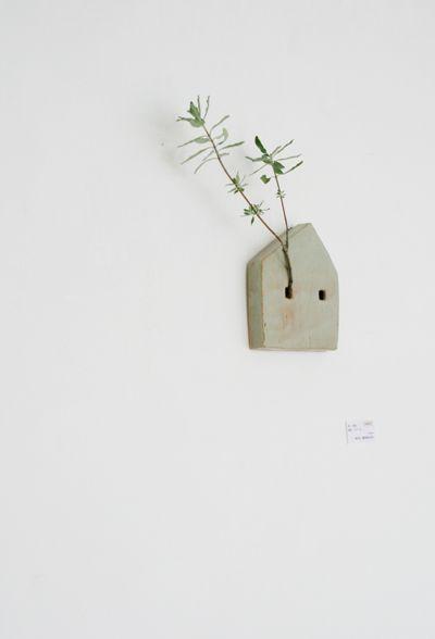 Nami Kawakami - love this sweet little dwelling!: Wall Decor, Idea, Little Houses, Birds Houses, Simple Houses, Houses Plants, Wall Sculpture, Clay Houses, Wall Planters