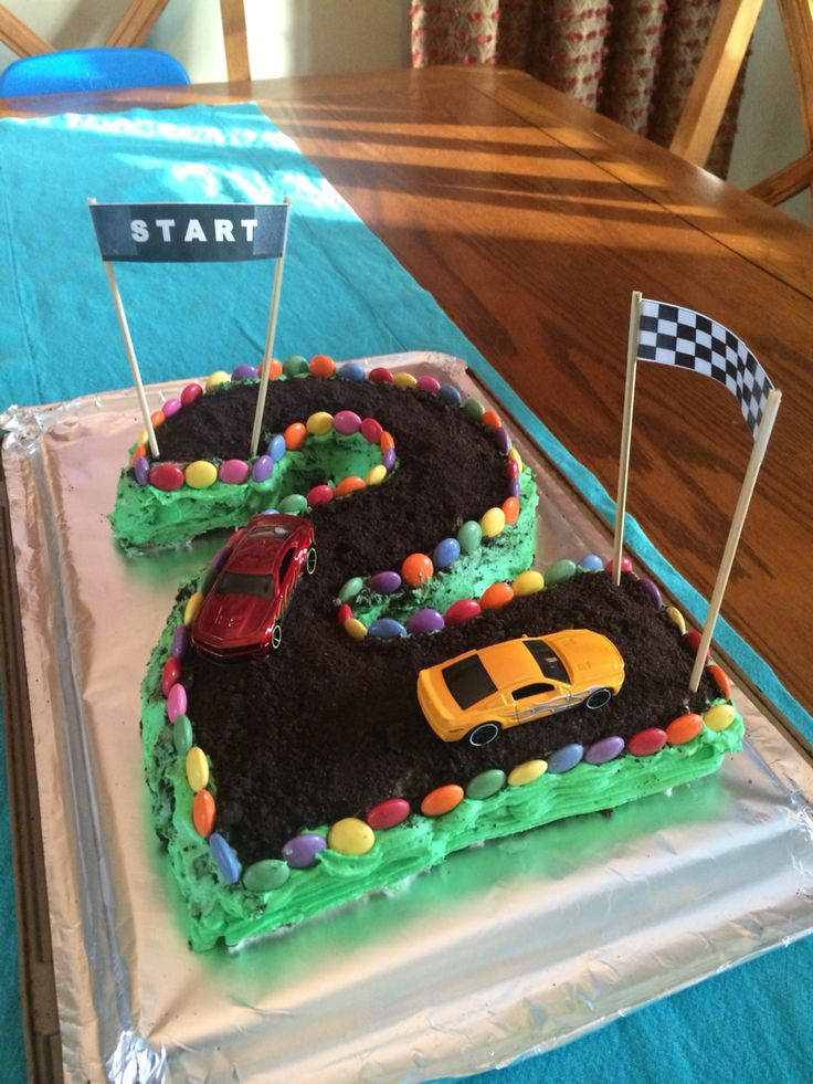 Cake Decorating Car Race Track : 1000+ ideas about Race Track Cake on Pinterest Racing ...