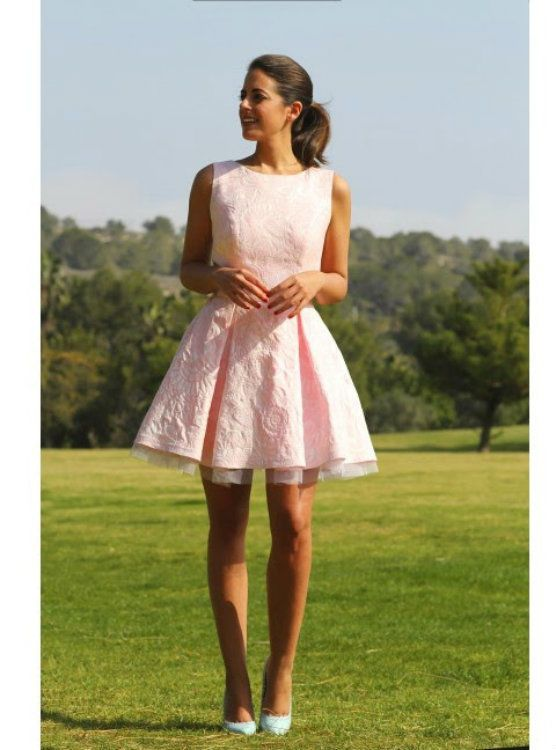 Silhouette:A-line Hemline:short Neckline:scoop Fabric:lace Sleevee Style: sleeveless Shown color:pink Back style:covered button Embellishment:appliques