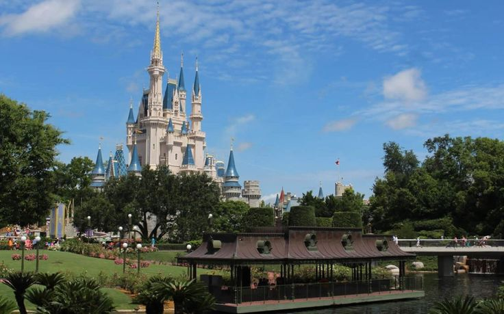 When is the Best Time to Go to Disney World? - #DisneyWorld #Disney #Florida #Holiday
