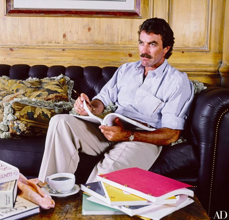 """""""I didn't mind the high-rise aspect, but I did want it to look older, as though it's been lived in. And I think it does,"""" said Tom Selleck of his Los Angeles apartment."""