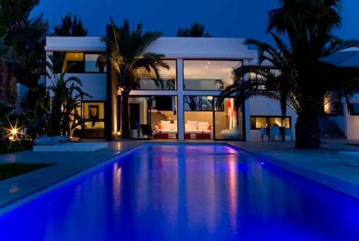 Villa Om - Villa Rental Ibiza - Houses and luxury villas to rent in Ibiza.