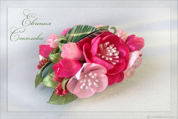 Заколка - краб с розовыми цветами – купить в интернет-магазине на Ярмарке Мастеров с доставкой