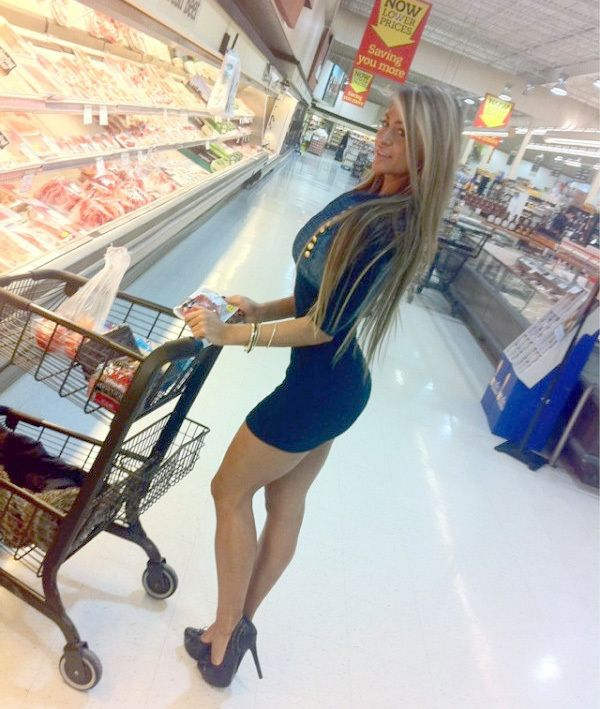You won't believe what WalMart cameras captured. Yes! She really went to shop at WalMart dressed like she's going to a club...