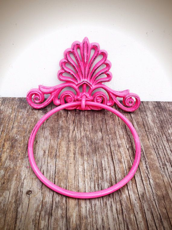 BOLD hot pink ornate shell bathroom towel ring // nautical beach tropical towel hanger hook // shabby chic cottage rustic