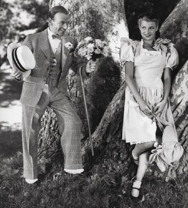 Fred Astaire, Rita Hayworth - MONDADORI PORTFOLIO/The Kobal Collection