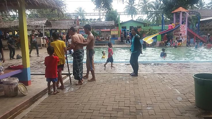 Objek Wisata Pemandian Air Panas Gunung Torong