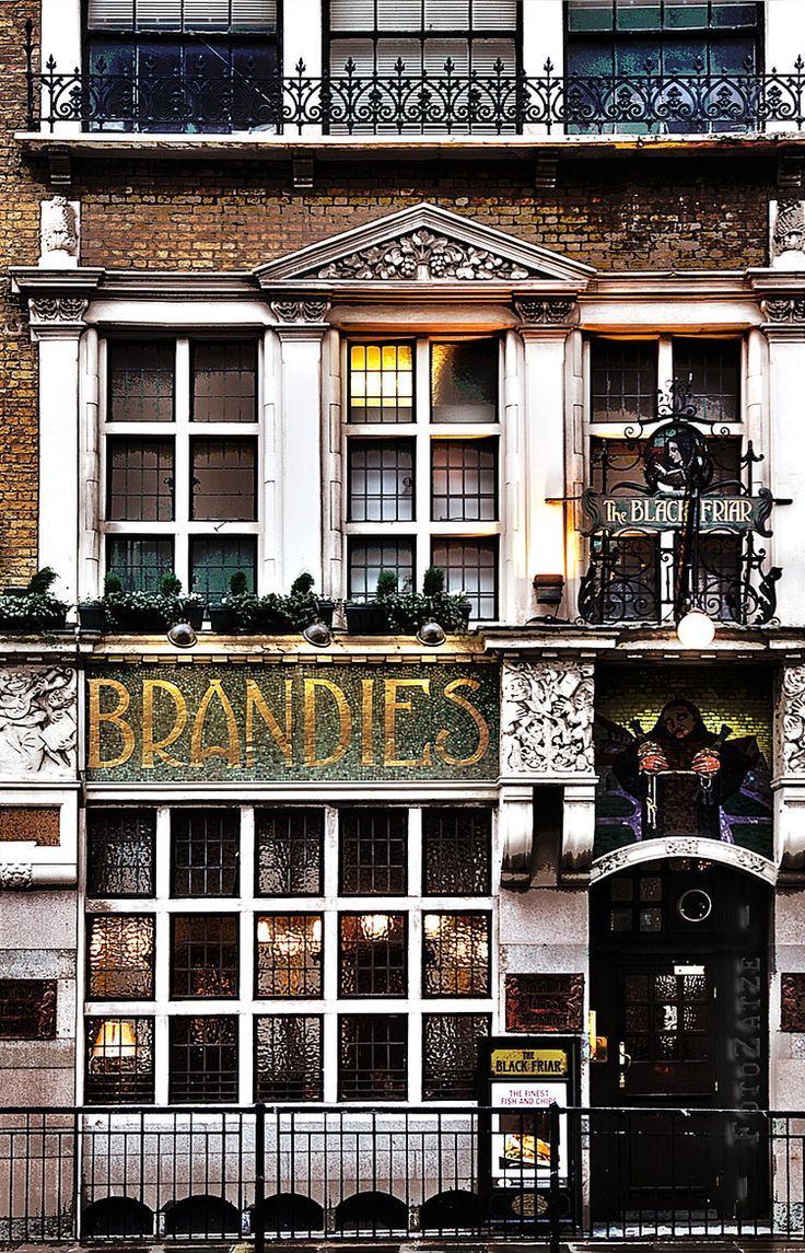 Brandies Pub, London, UK. More of the best of London tips: http://www.europealacarte.co.uk/blog/2013/08/09/london-tips/
