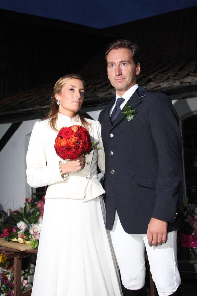 Ślubne zdjęcia gwiazd  Piotr Kraśko i Karolina Ferenstein na swoim ślubie w 2008 roku