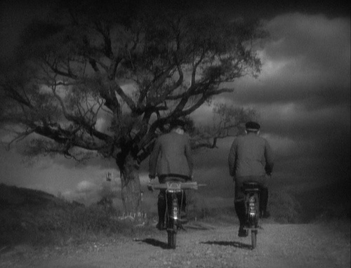 A Story of Floating Weeds (Ozu, 1934)