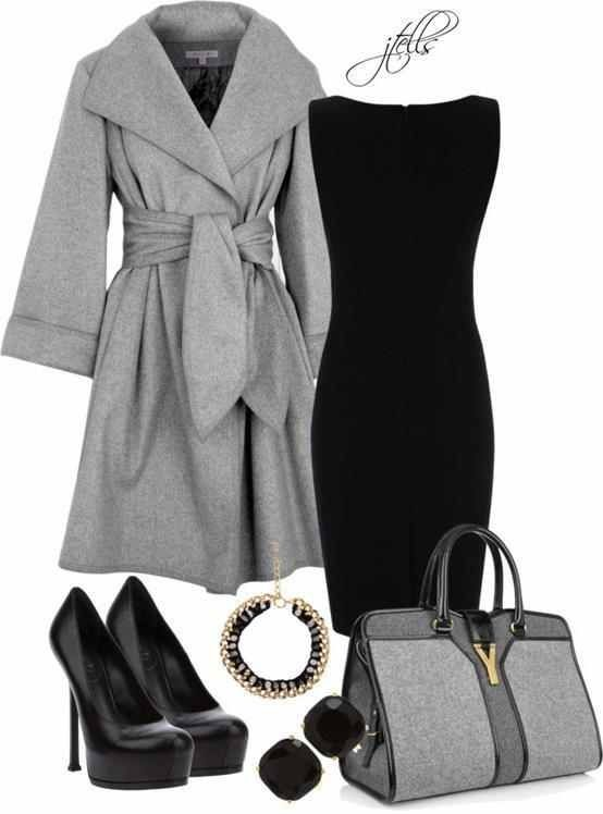 Scandal!! I love when #kerrywashington wears that style coat. Would rock this…