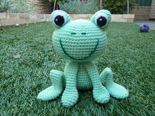 This is my first Amigurumi pattern - please let me know if there are any problems with it. Enjoy! :-)