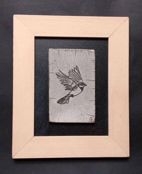 Tavolo in ceramica raku  uccello in volo  fatti a mano