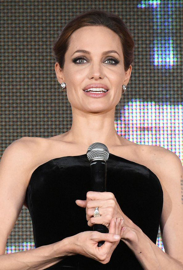 Angelina Jolie considering career in politics.